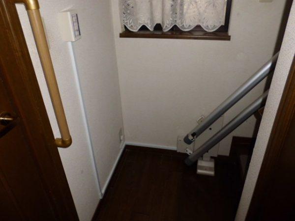 兵庫県西宮市N様 階段昇降機・手すり設置工事後03