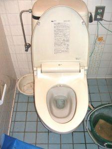 大阪府豊中市N様 トイレ取替交換工事 施工前
