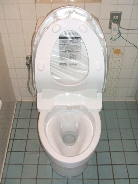 大阪府豊中市N様 トイレ取替交換工事 施工後