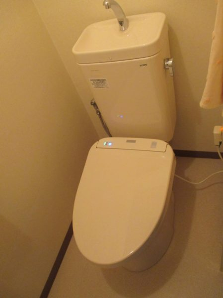 大阪府池田市I様 風呂・トイレリフォーム-施工後トイレ