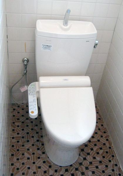 大阪府箕面市F様 トイレ(便器・ウォシュレット)取替工事-02
