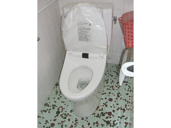 大阪府箕面市O様 トイレ(便器・ウォシュレット)取替、暖房設置工事-02