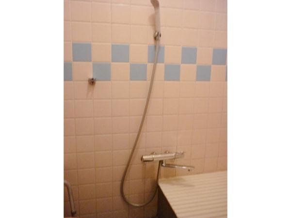 大阪府池田市N様 浴室水栓(シャワー)取替交換リフォーム-02
