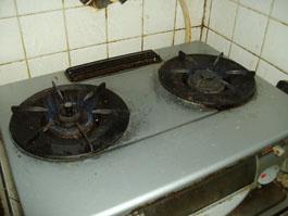 大阪府箕面市K様 テーブルコンロ、小型湯沸器、台所換気扇取替交換リフォーム-01