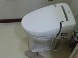 大阪府箕面市I様 トイレ(便器・ウォシュレット)取替交換リフォーム-01