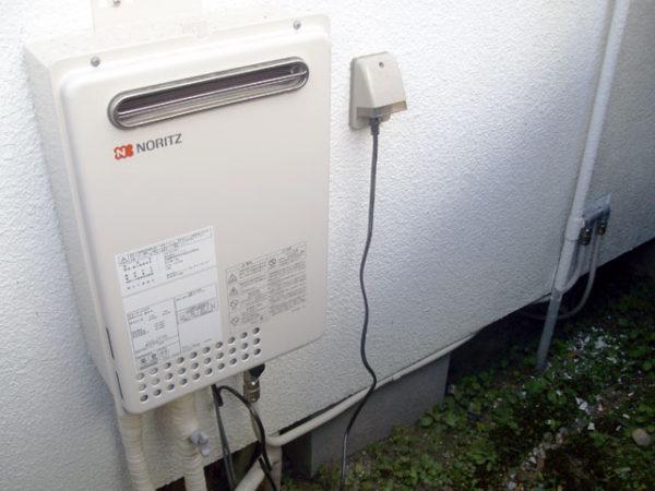 大阪府箕面市M様 ガス給湯器新規取付リフォーム-2