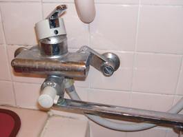 大阪府豊中市M様 浴室水栓(シャワー)・台所水栓取替交換リフォーム-1