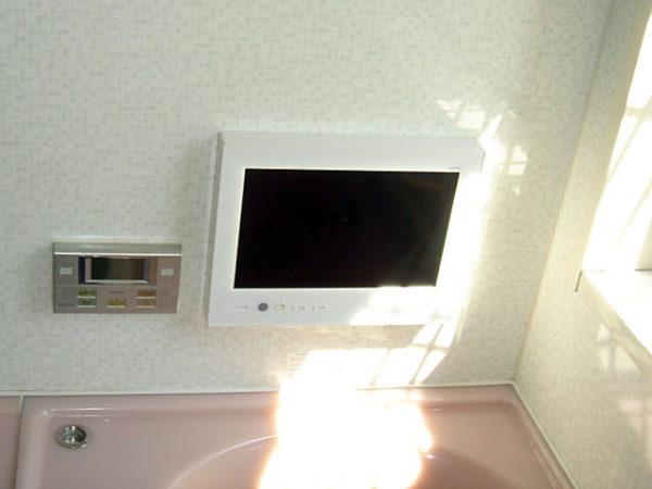 兵庫県西宮市N様 浴室液晶防水テレビ設置リフォーム-02
