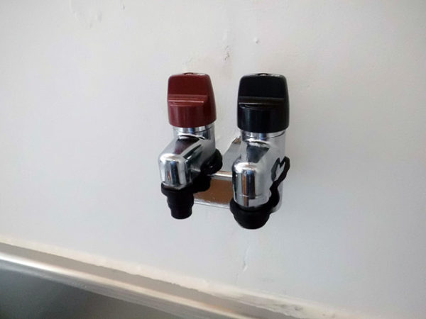 大阪府池田市H様 小型湯沸器新規取付・ガス栓取替交換リフォーム-6