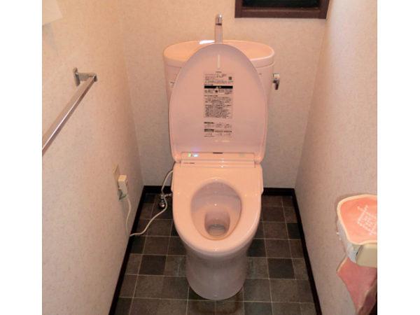 大阪府豊中市K様 トイレ(便器・ウォシュレット)取替交換リフォーム-02