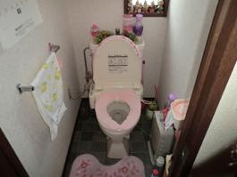 大阪府豊中市K様 トイレ(便器・ウォシュレット)取替交換リフォーム-01