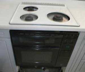 大阪府箕面市S様 給湯暖房機・ビルトインコンロ・キャビネット取替交換リフォーム-5